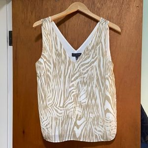 Like New The Limited Shell Top